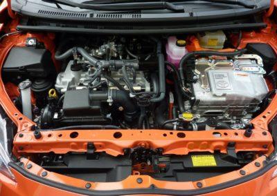 Entretien reparation voiture Brest Finistere Avranches batterie suspension - Entretien / Réparation